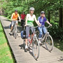 """""""Niers-Triathlon"""" – Bogenschießen, Paddeltour & mit Fahrrad zurück"""