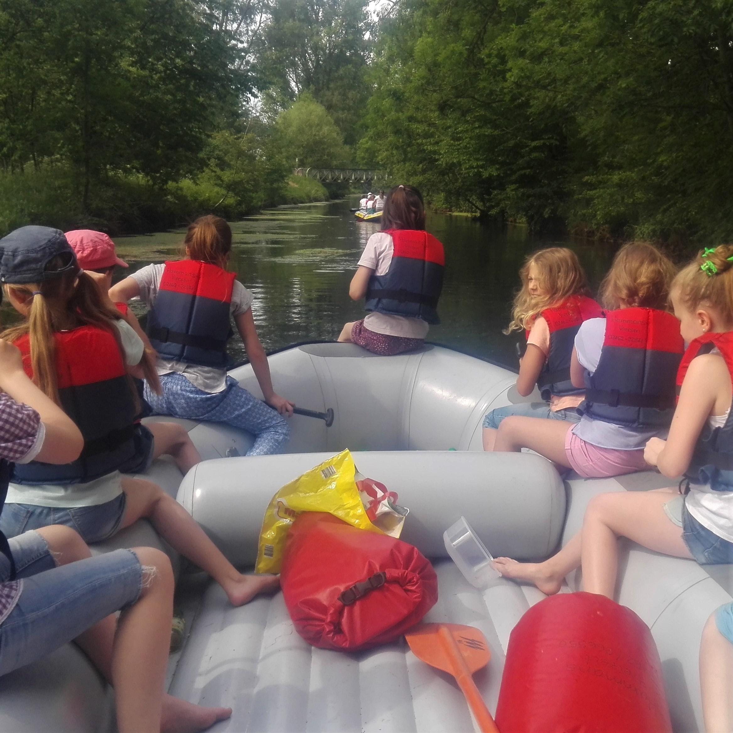 Schul-Abschlussfeier – Boot, Bus, Barbecue