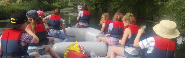 Kindergeburtstag im Schlauchboot
